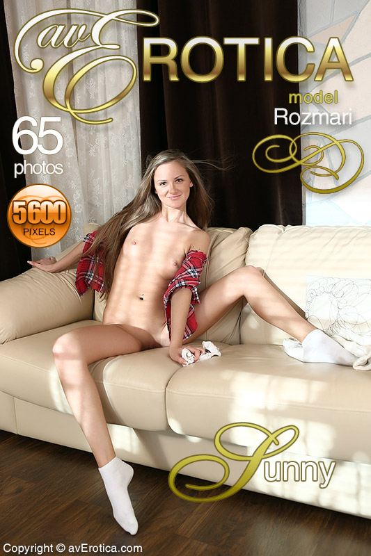 avErotica gallery - Sunny - 65 photos - Rozmari